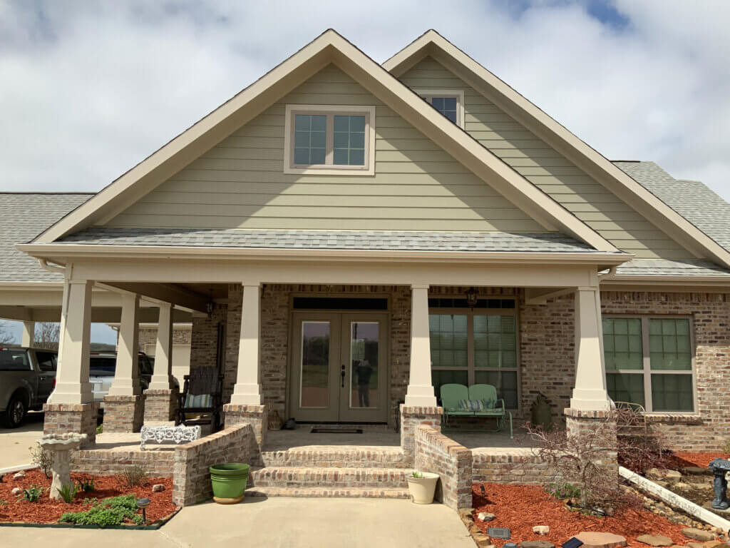 James Hardie siding installation on ranch style home